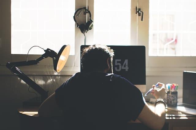 zachowania siedzące, praca siedząca