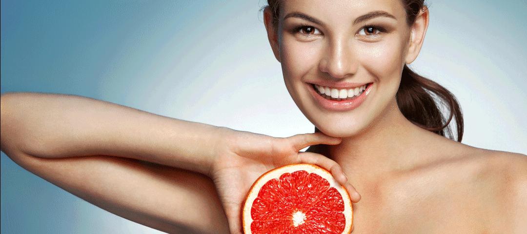 Soczysta moc owoców zamknięta w kosmetykach