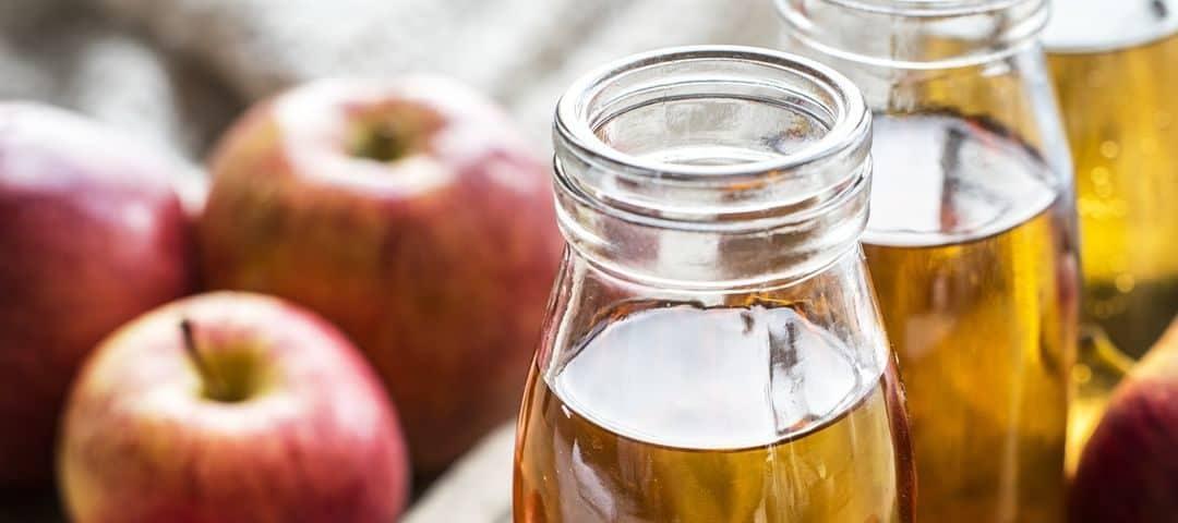 Ocet jabłkowy – cenne dla zdrowia właściwości i zastosowanie