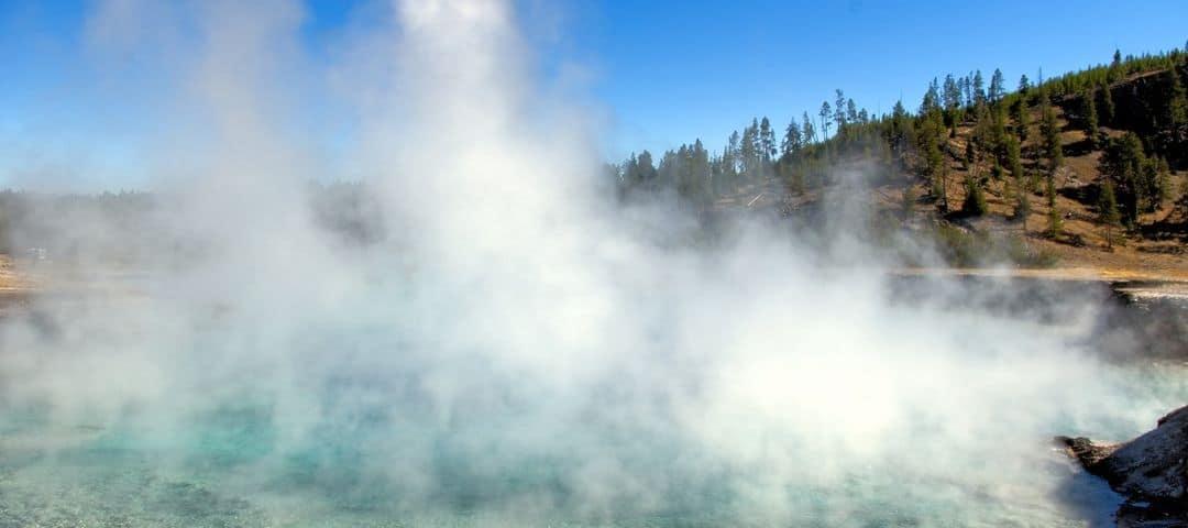 woda termalna, właściwości, skąd się bierze