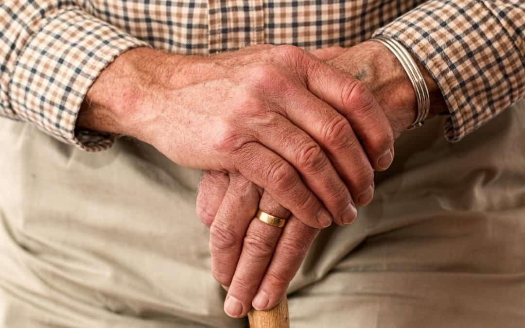 Do czego uprawnia legitymacja emeryta?