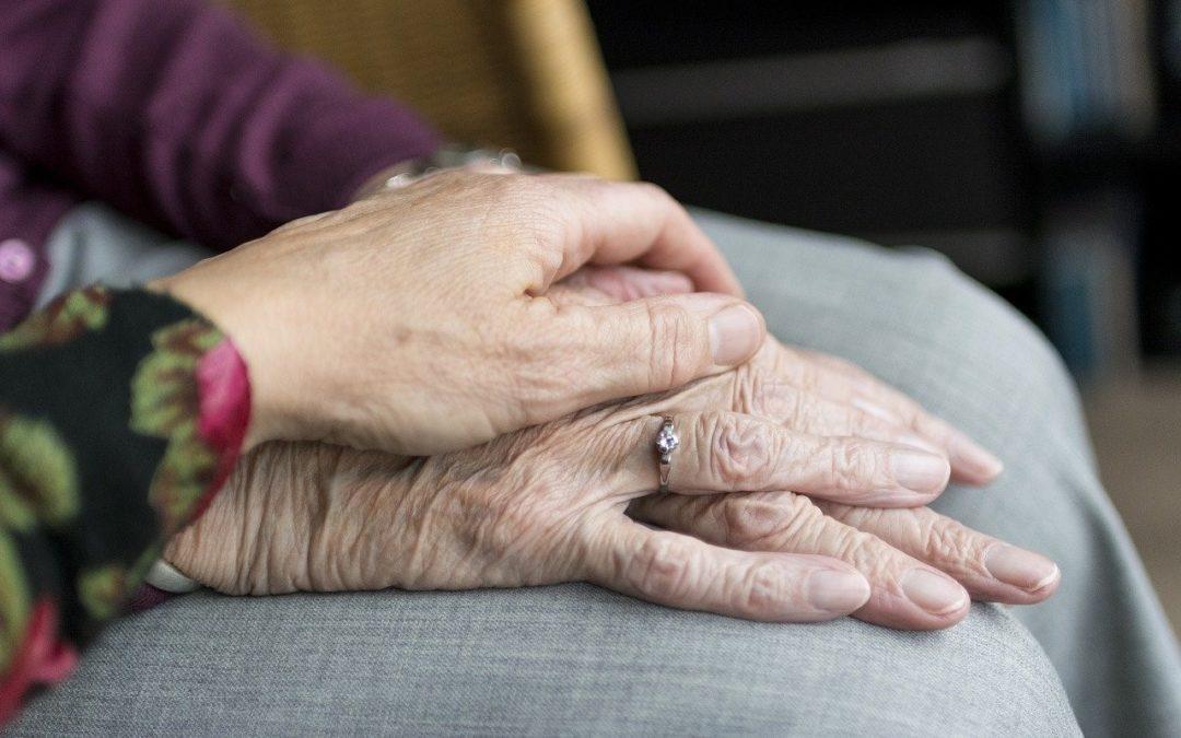 Czym zajmuje się opiekun osób starszych za granicą?