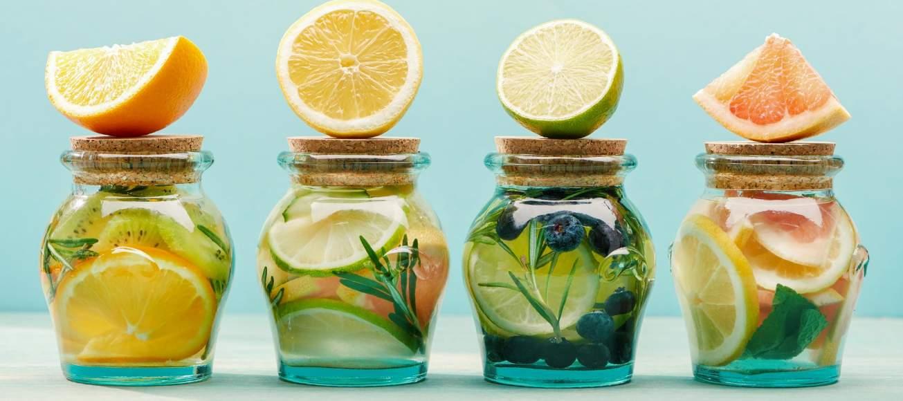 6 witamin, jakich Twój organizm potrzebuje zimą. Jak uzupełnić niedobory?