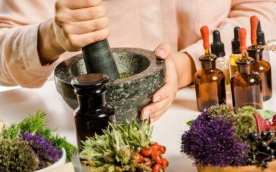 Renesans medycyny naturalnej – na czym polega i kiedy warto z niej skorzystać.