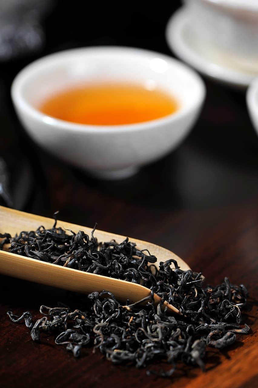 czarna herbata, właściwości czarnej herbaty, parzenie czarnej herbaty