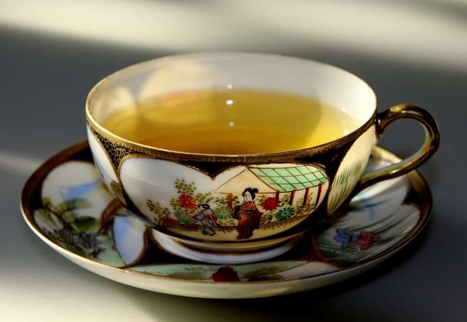 żółta herbata, właściwości żółtej herbaty, parzenie żółtej herbaty