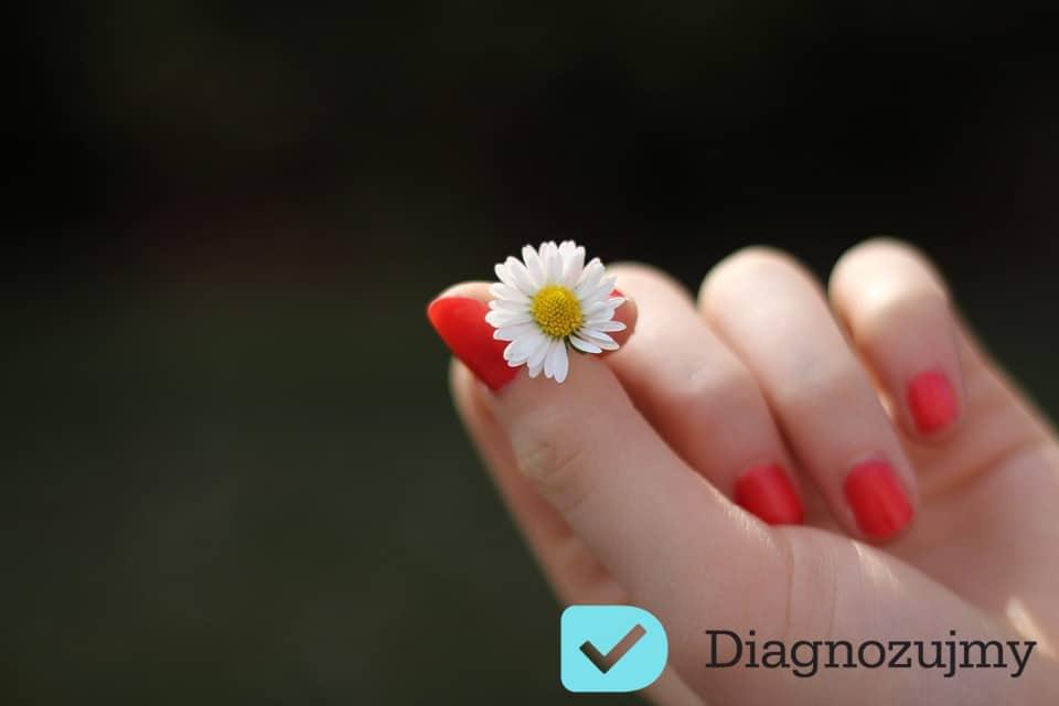 Masz słabe paznokcie? Poznaj nasze sposoby aby wzmocnić paznokcie!