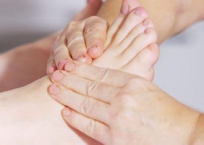 refleksoterapia stóp, akupresura, masaż leczniczy, medycyna alternatywna,medycyna chińska